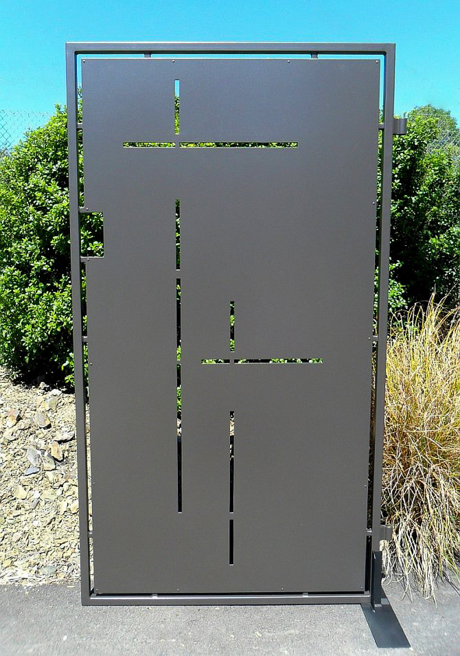 Single gate, privacy gate, contemporary gate,Adam Styles Creative Metal, Nelson, NZ